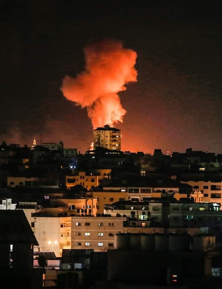 SİYONİST ORDU 160 UÇAKLA GAZZE'YE VAHŞİCE SALDIRDI